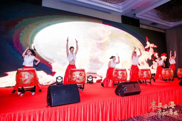 上海上海演艺演出、礼仪模特、明星名人、会场搭建、LED灯光音响执行